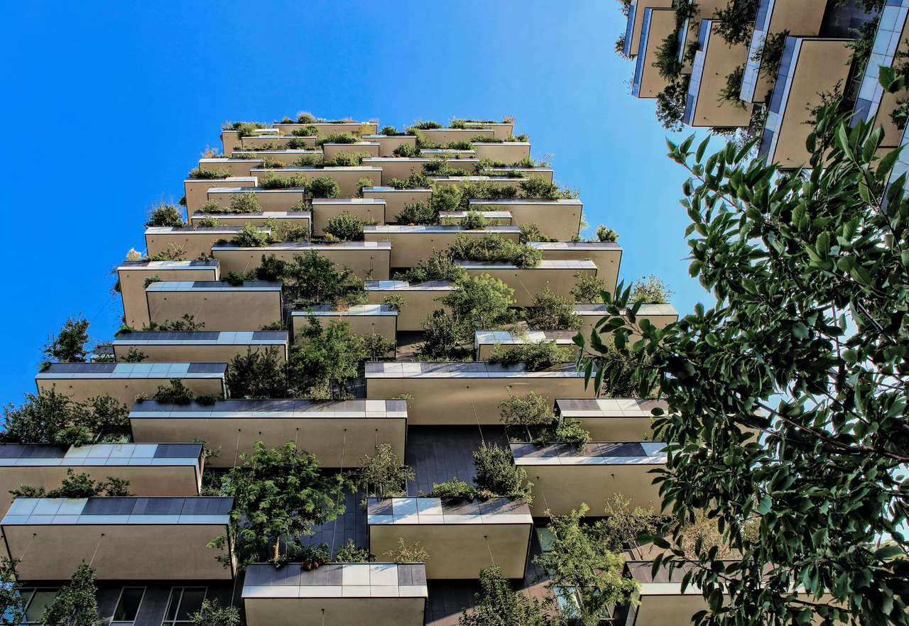 begrüntes Hochhaus nachhaltiges Bauen die Zukunft